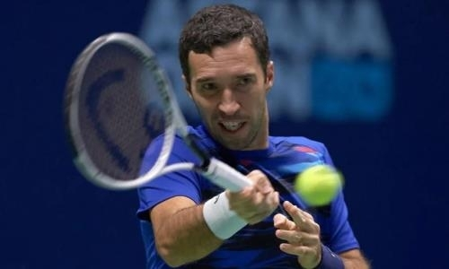 Казахстанцы ухудшили положение в рейтинге ATP