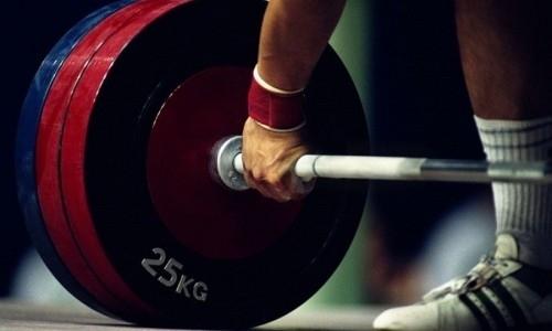 Тренер казахстанского тяжелоатлета оценил его «золотое» выступление на юношеском Кубке мире