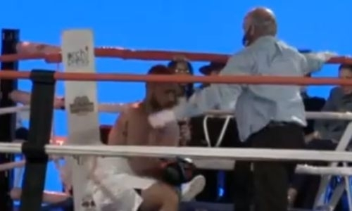 Видео нокаута за 43 секунды, или Как казахстанский «Панда» заставил мучиться мексиканского супертяжа