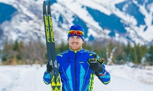 «Думать о повторном карантине не хочется». Лидер сборной Казахстана по лыжным гонкам — об УТС и целях на сезон