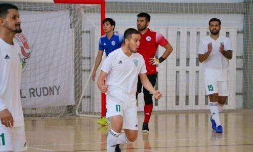 «Атырау» обыграл «Аят» в матче чемпионата Казахстана с восемью голами