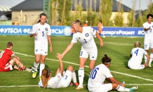 Женская сборная Казахстана потерпела седьмое разгромное поражение подряд
