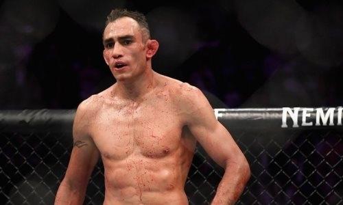 Фаворит разбит. Фергюсон потерпел разгромное поражение в UFC после нокаута от Гэтжи