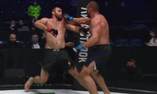 Украинский тяжеловес нокаутировал россиянина и нанес ему первое поражение за девять лет. Видео
