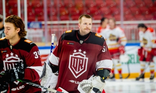 Соперник «Барыса» по КХЛ отказался от вратаря с опытом игры в НХЛ