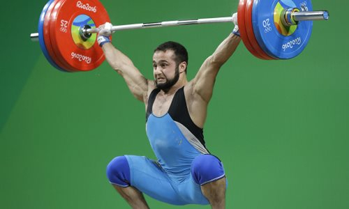 Олимпийский чемпион по тяжелой атлетике из Казахстана отстранен за допинг