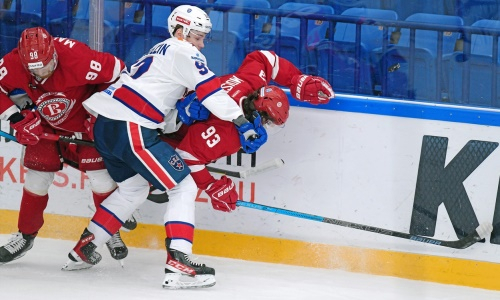 Следующий соперник «Барыса» потерпел домашнее поражение в КХЛ. Видео