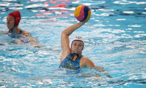 Женская сборная Казахстана по водному поло уступила в четвертьфинальном матче отбора на Олимпиаду