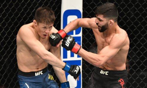 «Осталось слишком мало времени». Второй бой Жумагулова в UFC разобрали в России