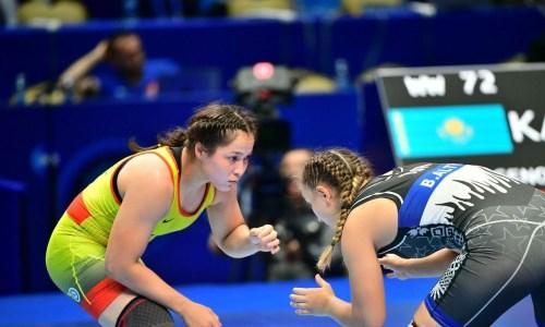 Женская сборная Казахстана по борьбе готовится к сезону в Нур-Султане