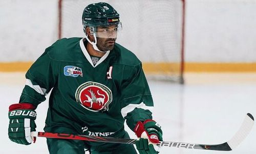 «Вообще в порядке был». Экс-хоккеист «Барыса» восхитился Доусом и объяснил его решение променять НХЛ на Казахстан