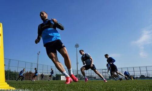 Футболисты сборной Казахстана из клуба РПЛ сыграют против «Актобе» на сборах в Турции