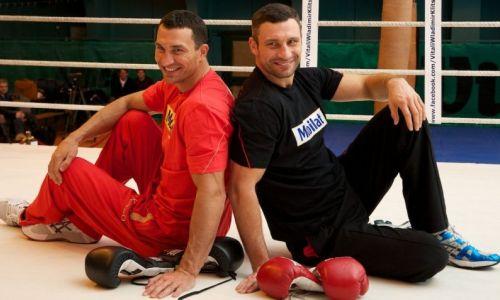 «Здоровается, голову отворачивает». Экс-чемпион мира рассказал о «звездном» уроженце Казахстана