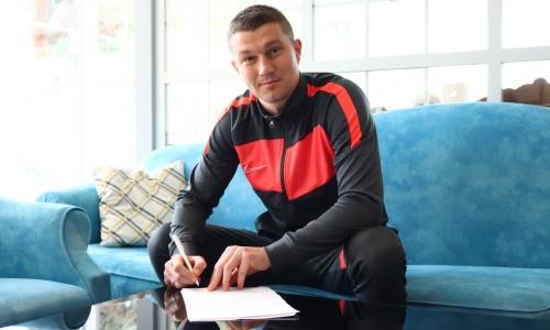 Украинский защитник продлил соглашение с клубом КПЛ