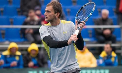 Недовесов вышел в финал парного разряда на турнире в Анталье