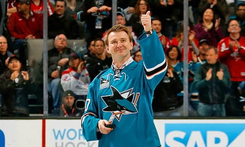 «Я рос в Усть-Каменогорске и у нас с вратарями занимался один мой папа». Звезда НХЛ вспомнил начало карьеры в Казахстане