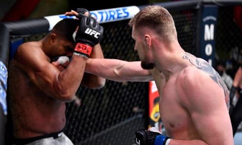Видео полного боя Александр Волков — Алистар Оверим на UFC Fight Night 184 с эффектным нокаутом от россиянина