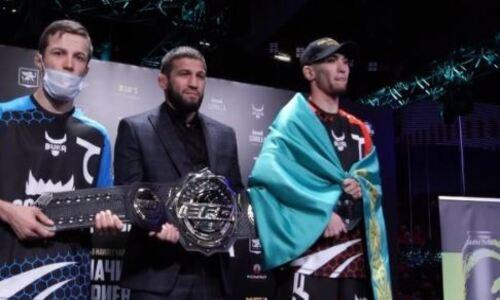 Казахстанский боец провел битву взглядов перед боем за титул чемпиона в промоушне Хабиба Нурмагомедова. Видео