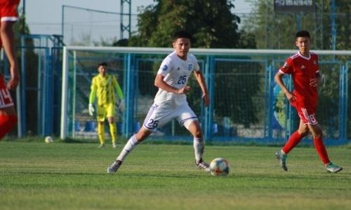 Казахстанский футболист клуба КПЛ выбыл на длительный срок из-за тяжелой травмы