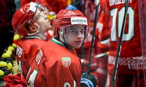 «Расстроился, надо было забивать», Хоккеист белорусской сборной рассказал об играх против Казахстана в Нур-Султане