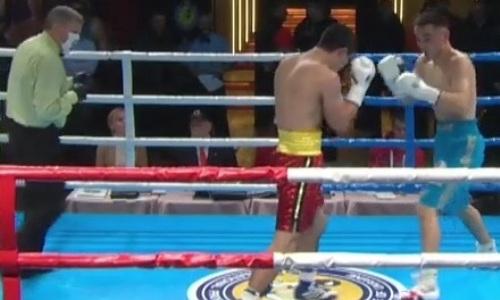 Видео зарубы казахстанского боксера с нокдауном за пояс WBC