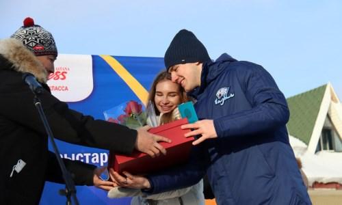 Министр культуры и спорта РК поздравила игрока «Барыса» и его жену с бракосочетанием