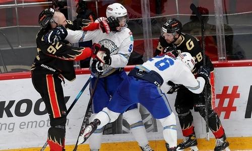 «А Ковальчук-то запил что ли?». Известный эксперт спрогнозировал счет матча КХЛ «Барыс» — «Авангард»