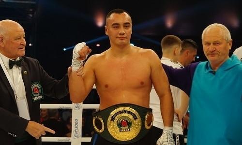 Казахстанский супертяж Жан Кособуцкий нокаутировал «Годзиллу» и стал чемпионом WBA