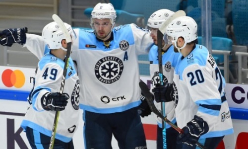 Болельщики «Сибири» выразили недовольство после разгрома «Барыса» в матче КХЛ