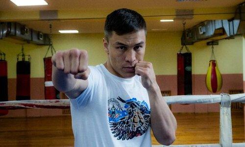 «У нас есть новый Triple GGG». Известный промоутер подписал казахстанского нокаутера и восхитился им