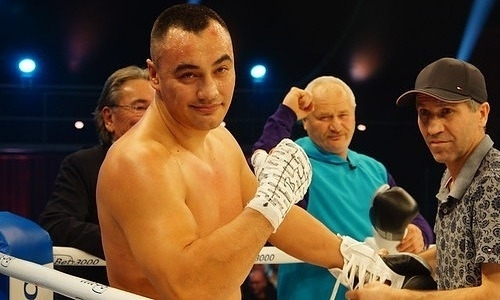 «Точно его выбьет». Казахстанскому супертяжу предрекли победу над Фьюри