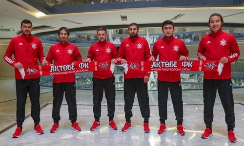 «Актобе» продлил контракты с шестью футболистами