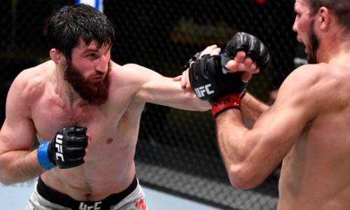 Российский файтер UFC побил украинца в Лас-Вегасе. Видео