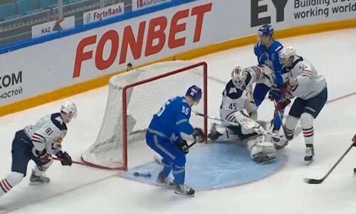 В КХЛ разобрались с определяющим моментом третьего матча «Барыс» — «Металлург». Видео