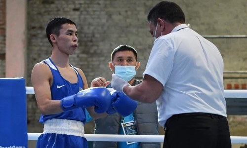 «Когда боксируешь с хозяином ринга, надо быть на две головы выше соперника». Мырзагали Айтжанов рассказал о победах казахстанских боксеров в спорткомплексе родителей Михаэля Шумахера
