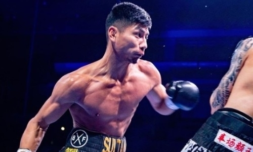 Два года назад казахстанский чемпион WBC нокаутировал соперника убойным ударом в челюсть. Видео