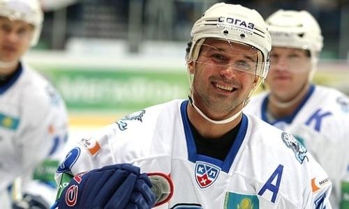 «Как минимум, каждую игру». Экс-лидер «Барыса» озвучил требования к форварду сборной Казахстана в КХЛ
