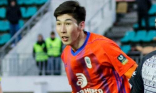 20-летний казахстанец помог европейской команде уничтожить соперника с двузначным счетом