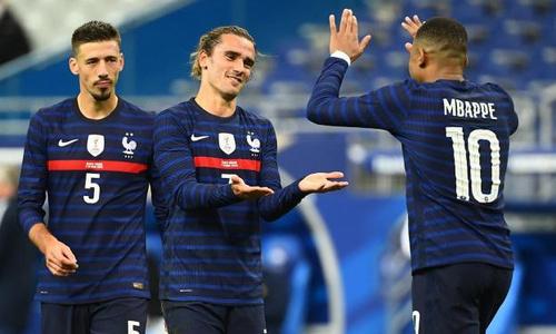 Гризманн оформил уникальный «отцовский» хет-трик после матча с Казахстаном