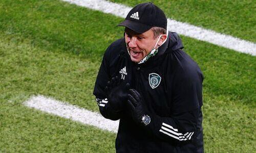 «Мы очень не хотели потерять футболистов». Тренер «Ахмата» назвал причину травмы игрока сборной Казахстана