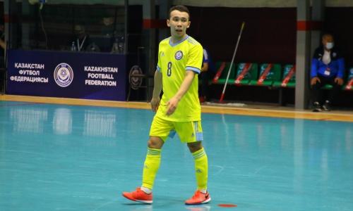 В сборной Казахстана сразу два дебютанта