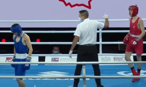 Видео двух нокдаунов венгра казахстанским боксером на старте МЧМ-2021