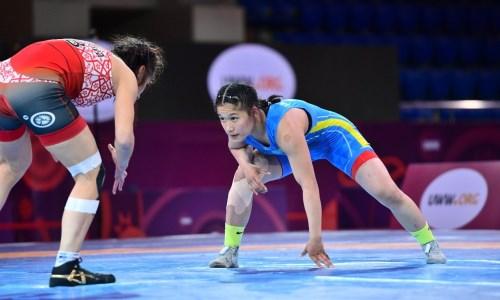 На ЧА по женской борьбе в Алматы казахстанская спортсменка стала третьей
