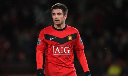 Экс-полузащитник «Манчестер Юнайтед» перешел в «Тобол» и воссоединился с бывшим одноклубником