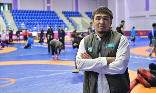 «Пока недостаточно опыта». Наставник женской сборной Казахстана по борьбе подвел итоги чемпионата Азии