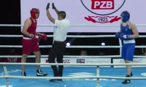 Видео быстрого финиша, или Как казахстанский тяжеловес дважды за раунд отправил в нокдаун и нокаутировал соперника на МЧМ-2021