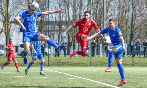 Европейский клуб казахстанца проиграл шестой матч кряду и идет в зоне вылета