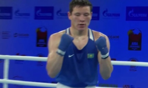 Стартовавший с нокаута на МЧМ-2021 казахстанский боксер уверенно вышел в четвертьфинал