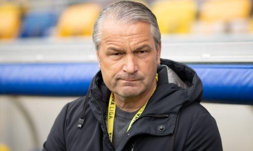 Бывший наставник сборной Казахстана покинул пост главного тренера европейского клуба