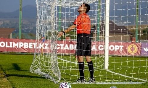 Обслуживавший матч «Манчестер Юнайтед» казахстанский судья вернулся в футбол